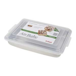 AirBake Natural Cake Pan with Cover